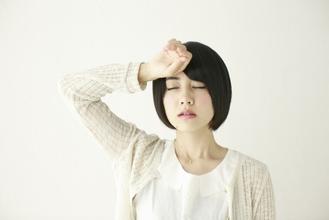 暑いとなぜ体が疲れ、危険なのでしょうか?